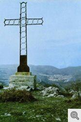 La croce in ferro che si trova sulla sommità del Monte Celano a S. Marco in Lamis.