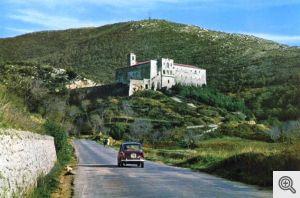 Una vecchia foto del Convento di San Matteo a S. Marco in Lamis.